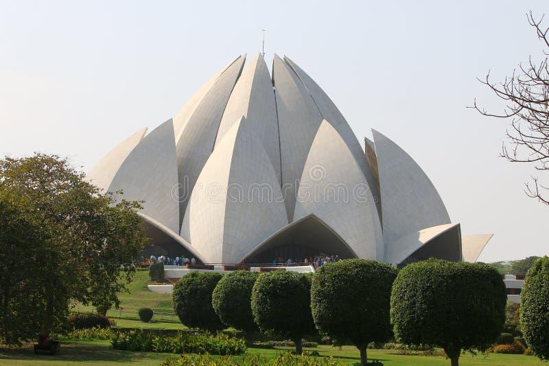 Download Lotus Temple - Le Temple Principal De La Religion De Bahai Dans L'Inde Photo stock éditorial - Image du course, religion: 87705578