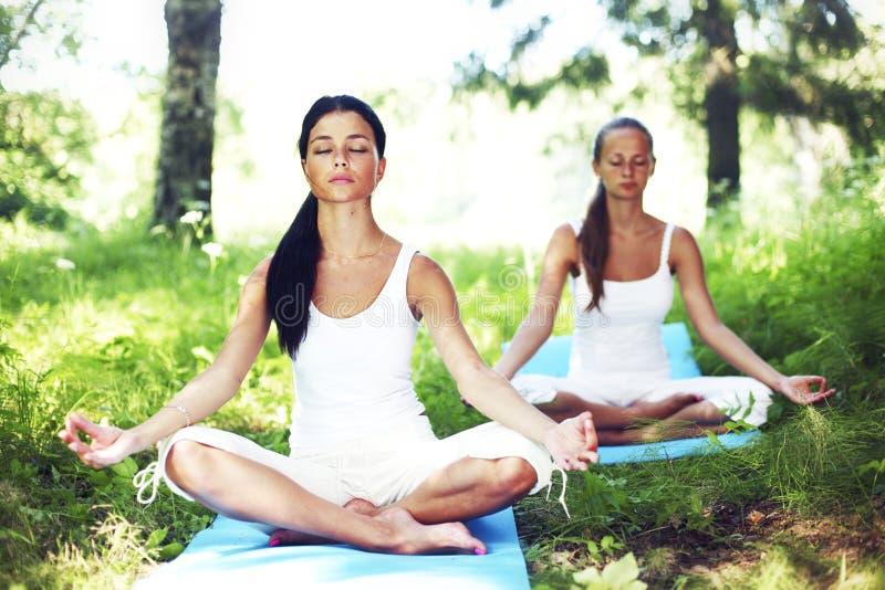 Lotus-yoga stock afbeelding
