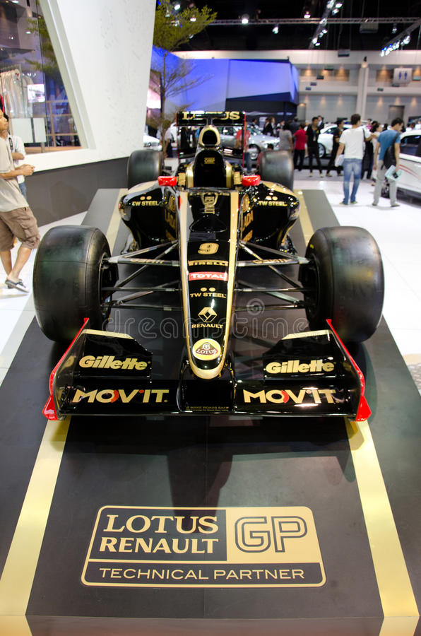 Lotusrenault GP fomula 1. BANGKOK - DECEMBER 3: Lotusrenault GP fomula 1 on display at the 28th Thailand International Motor Expo on December 3, 2011 in Bangkok stock photography