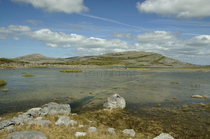 Download Lough Gealain & Mullaghmore Stock Photo - Image: 20138728