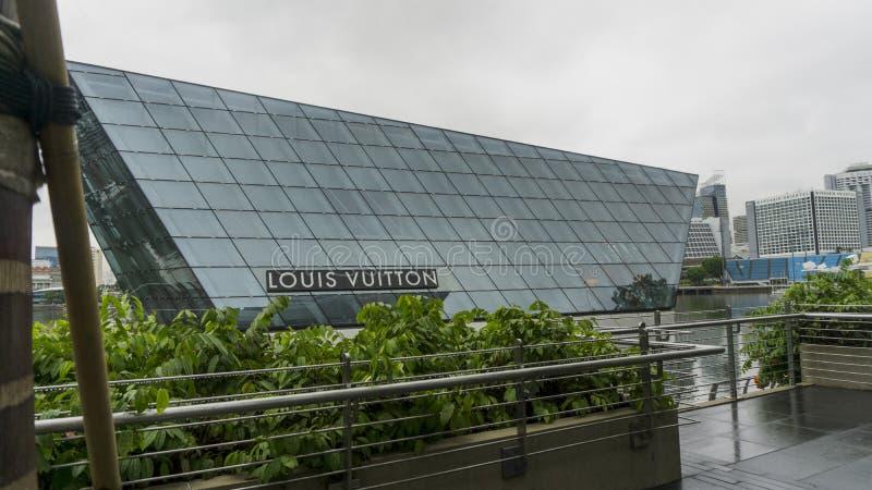 Louis Vuitton Building i Singapore fotografering för bildbyråer