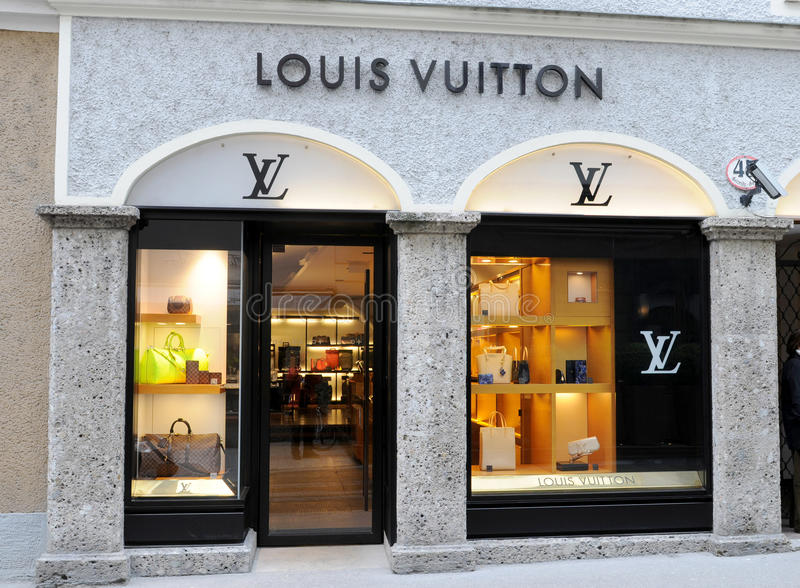 louis vuitton shop in salzburg editorial stock photo image of greece center 31509468. Black Bedroom Furniture Sets. Home Design Ideas