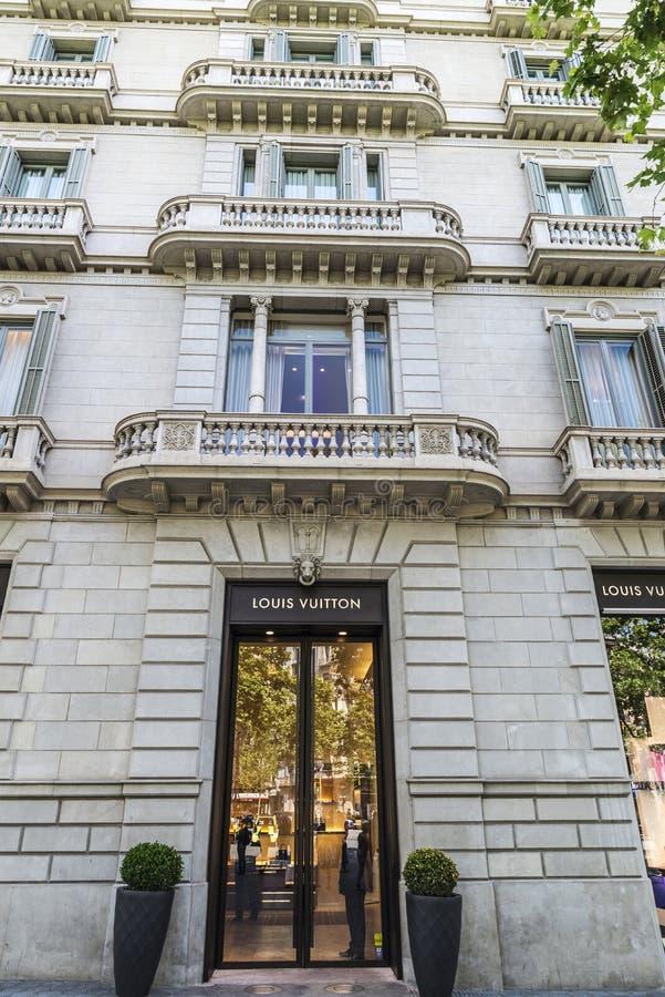 Louis Vuitton shoppar, Barcelona royaltyfria bilder