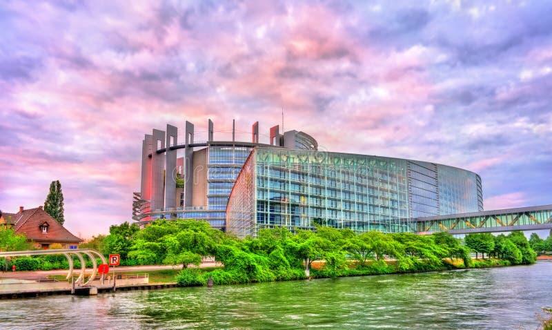 Louise Weiss byggnad av Europaparlamentet i Strasbourg, Frankrike royaltyfri fotografi