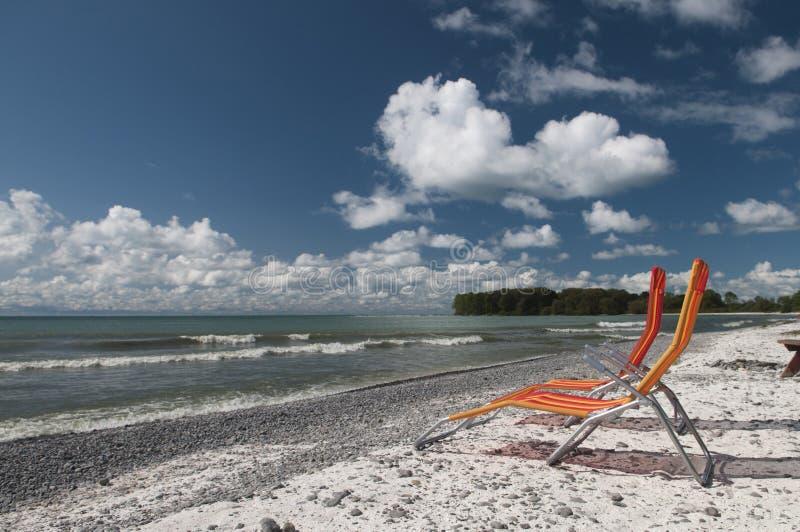 Download Lounging op Meer Ontario stock afbeelding. Afbeelding bestaande uit ontspanning - 29511869