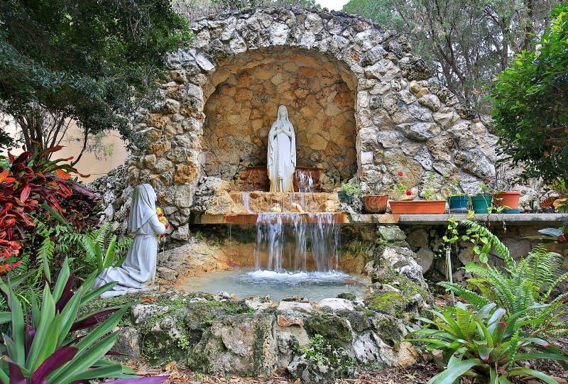Lourdes Grotto Miracles arkivbild