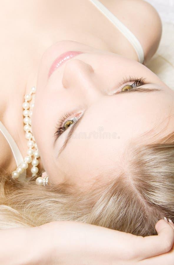 Louro novo sensual fotografia de stock royalty free