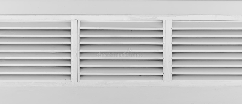 Louvers παράθυρο με το πλαίσιο στοκ εικόνες