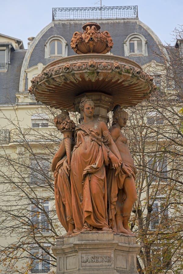 Louvois fontanna z statuami cztery kobiety w sukniach, Paryż zdjęcia royalty free