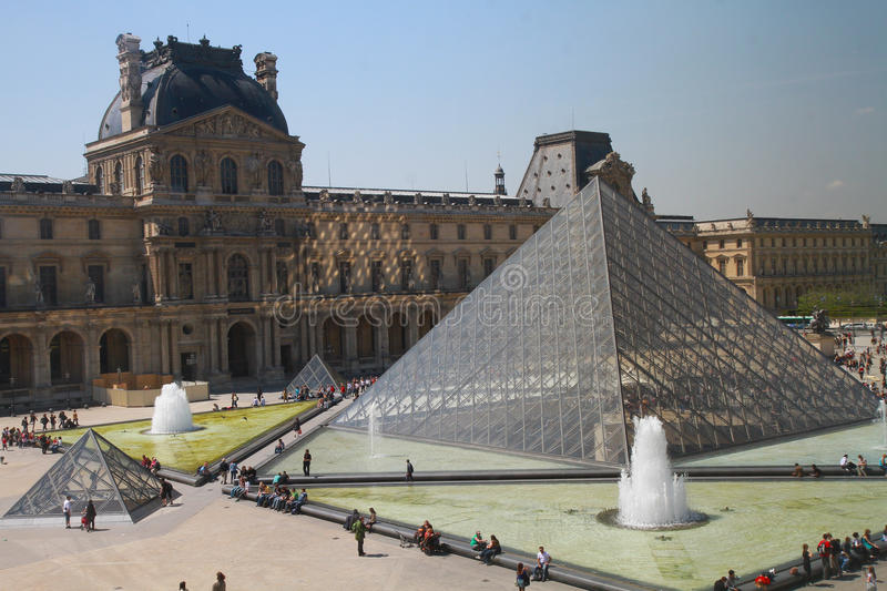 Download Louvre editorial stock image. Image of monument, europe - 14466934