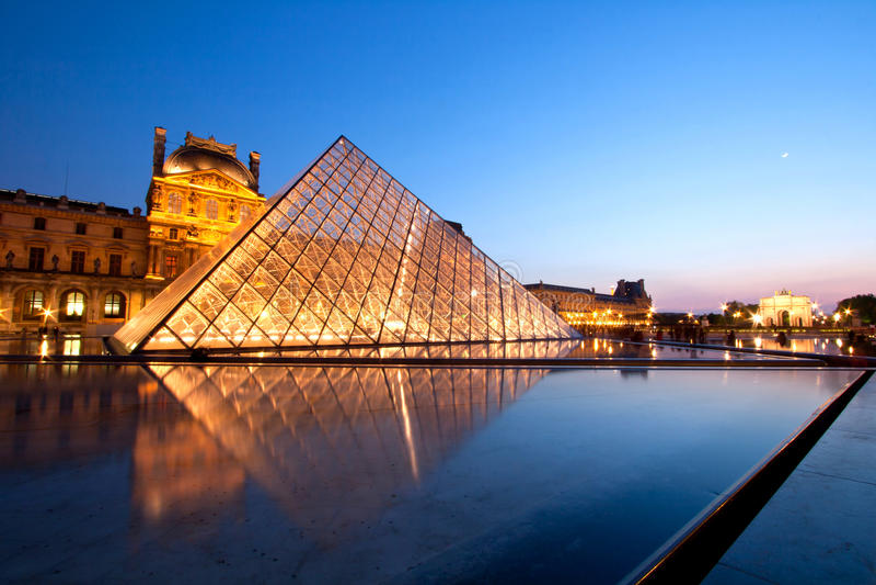 Download Louvre Museum Paris editorial stock image. Image of famous - 27454464
