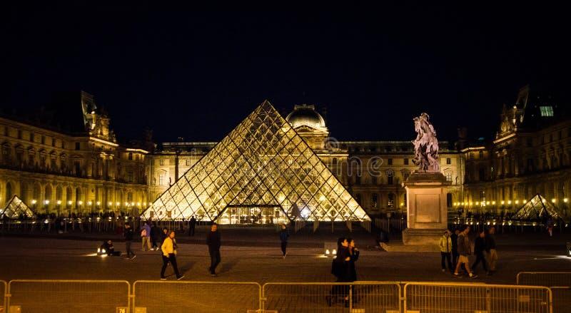 Louvre muzeum jest jeden światowi ` s wielcy muzea fotografia royalty free