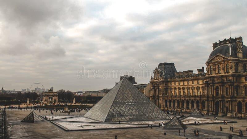 Louvre muzeum zdjęcie stock