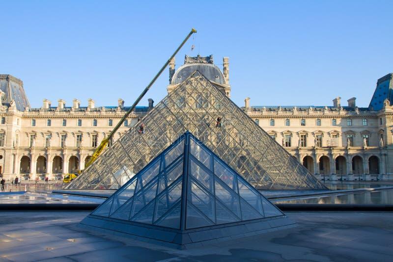 Louvre muzeum sztuki, Paryż obrazy stock