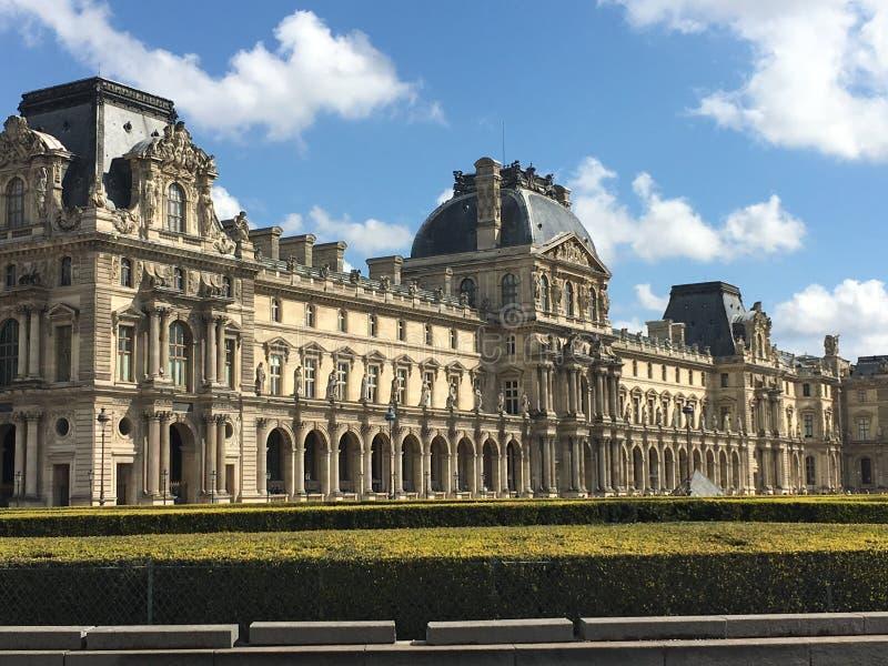 Louvre Paris fotografering för bildbyråer