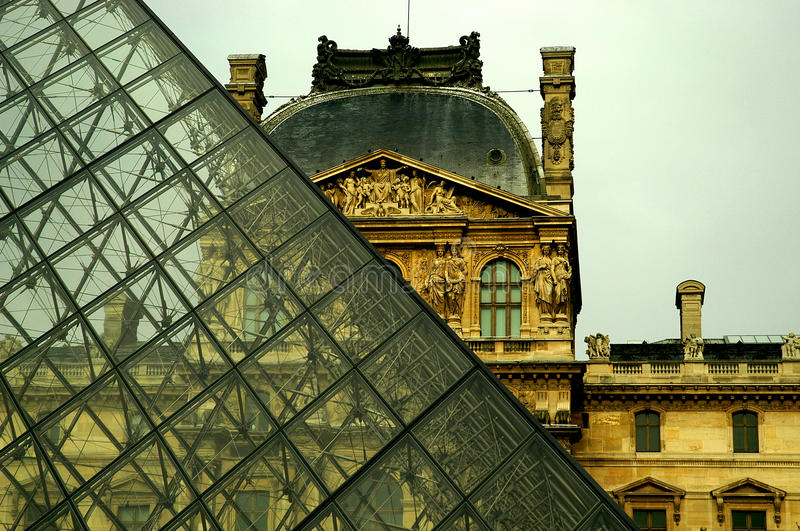 Download The Louvre And The Pyramid - Close Up Editorial Photo - Image: 18087761