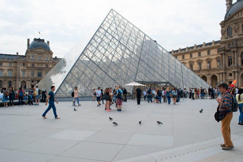 Louvremuseum Parijs, Frankrijk stock fotografie