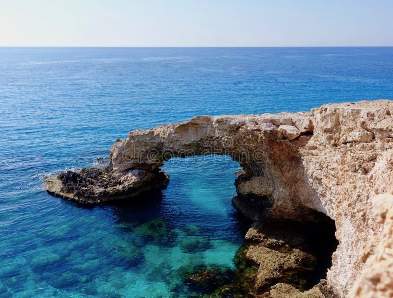 Lovebridge ha individuato in Agia Napa, Cipro fotografia stock libera da diritti