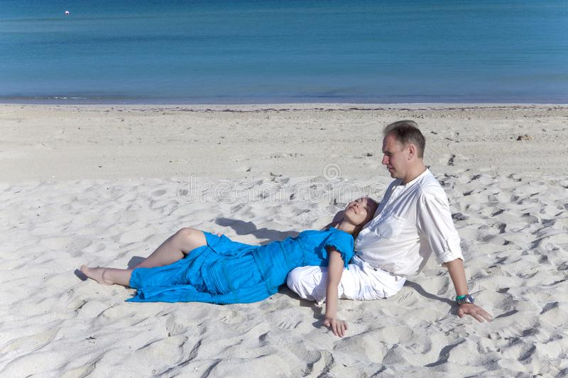 The loving couple on the seashore, Cuba, Varadero royalty free stock photos