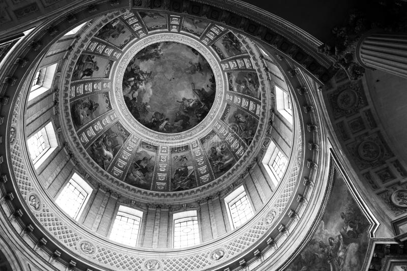 Low Angle Photography Of Dome Building Free Public Domain Cc0 Image