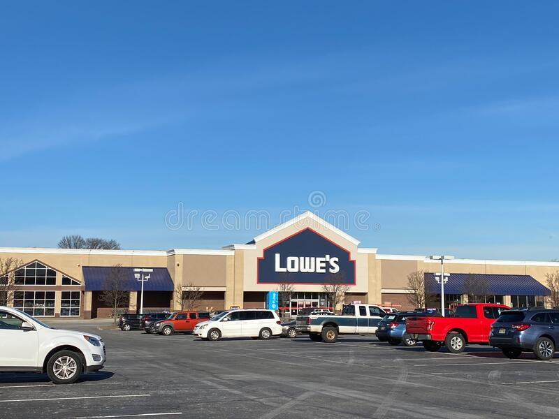Lowe`s Woodbridge New Jersey. WOODBRIDGE, NEW JERSEY / UNITED STATES - January 9, 2020: the front entrance to the Lowe`s store in the Woodbridge Crossings royalty free stock photo