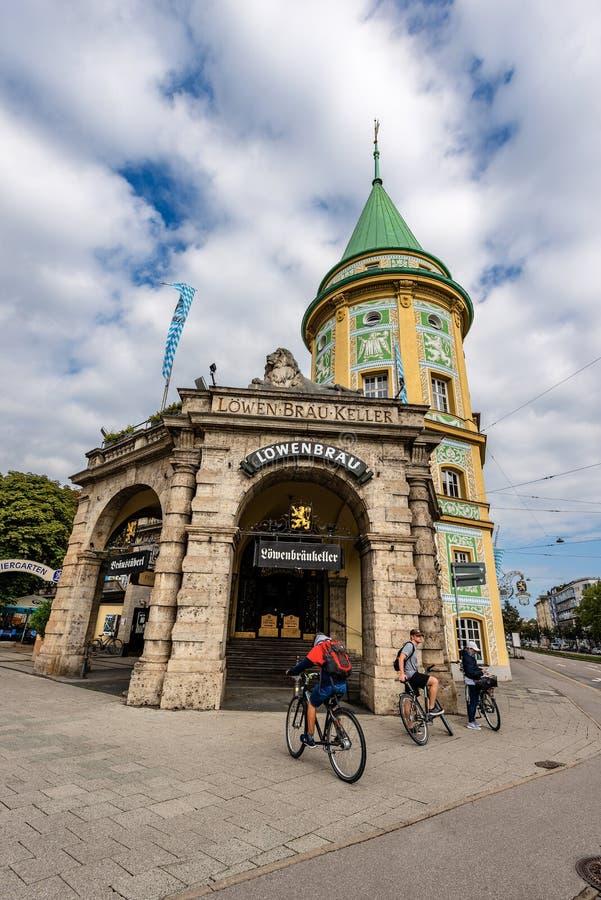 Lowenbraukeller - Oude Brouwerij in München Duitsland royalty-vrije stock afbeelding