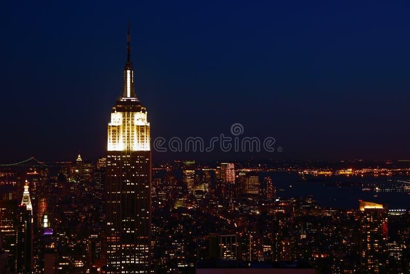 Lower Manhattan bij schemer stock afbeeldingen