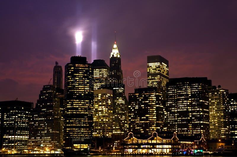 Lower Manhattan na noite fotos de stock royalty free