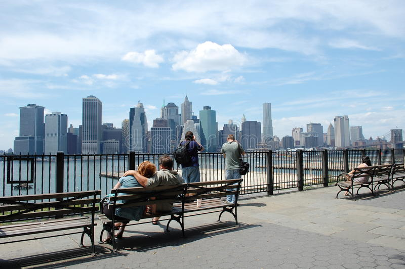 Lower Manhattan van de Hoogten van Brooklyn stock afbeeldingen