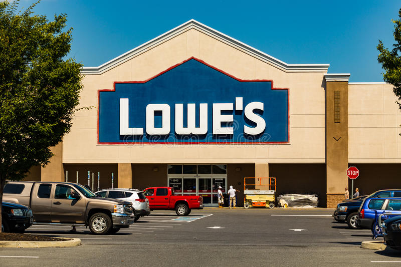 Lowes Home Improvement Store. Lancaster, PA - September 7, 2016: A Lowes American Home Improvement and building supplies retailer store in Lancaster royalty free stock images