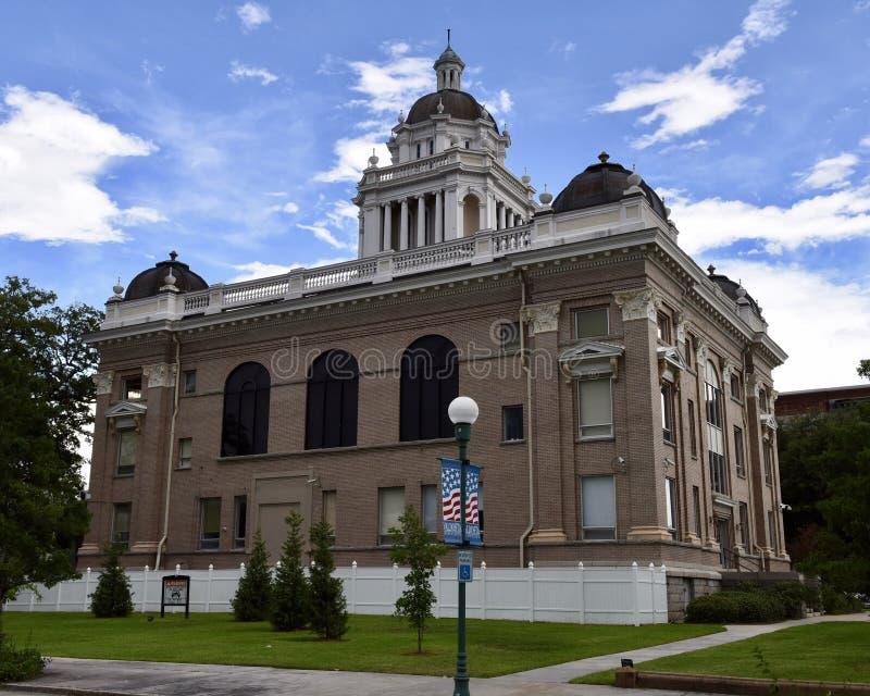 Lowndes County domstolsbyggnad royaltyfri foto
