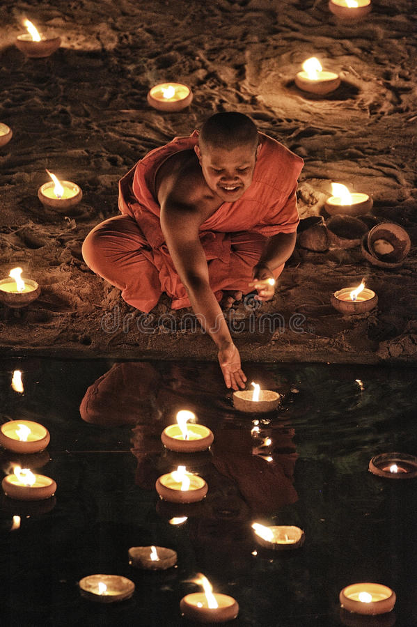Download Loy Krathong Festival In Chiangmai Editorial Photography - Image: 28053342