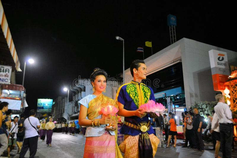 Loy Krathong festiwalu parada dla Yee Peng, Chiang zdjęcia stock