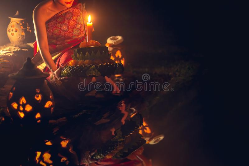 Loy Kratong Traditional Festival, Loy Krathong Day est important photographie stock libre de droits