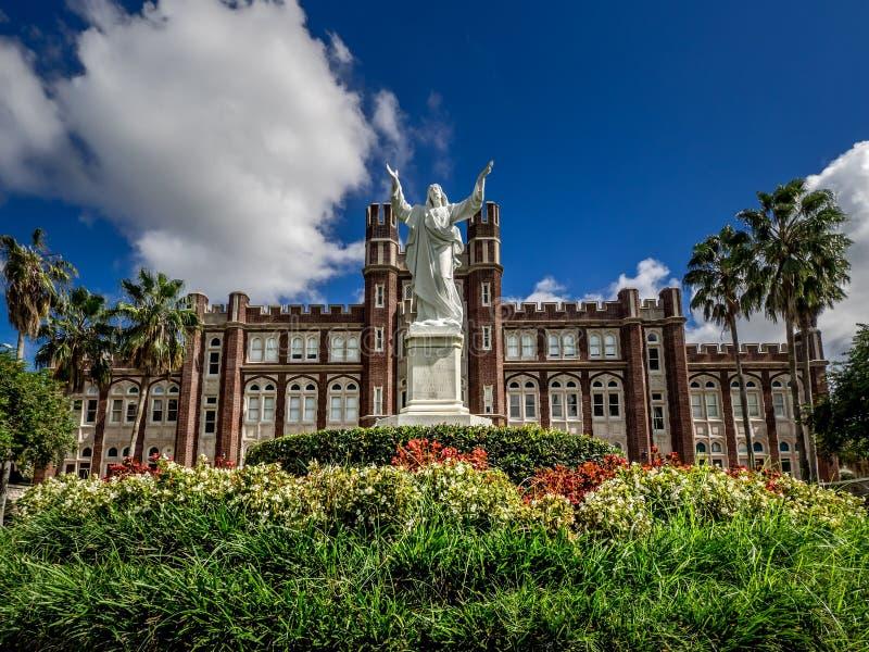 Loyola University New Orleans LA Statue & de Bouw royalty-vrije stock afbeelding