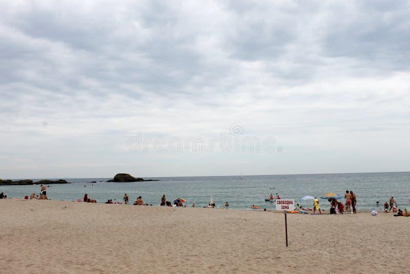 Lozenets, Болгария - 29-ое июня 2015: Местный пляж, свободная зона стоковые фотографии rf