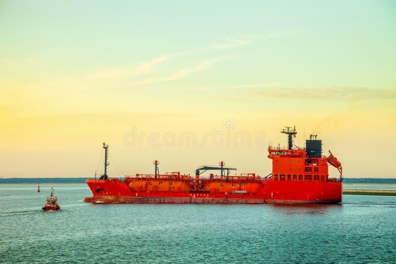 LPG-Tankerschip op zee royalty-vrije stock afbeelding