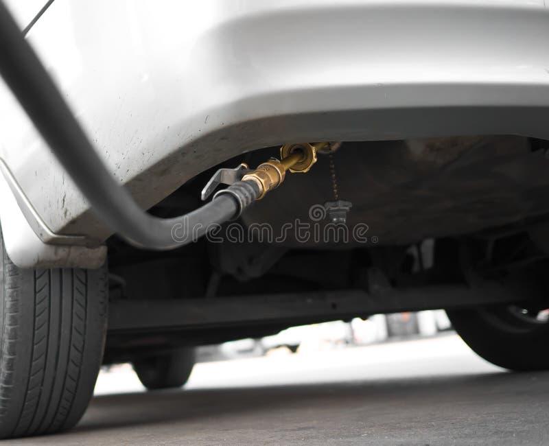 LPG van de auto tanken bij royalty-vrije stock foto