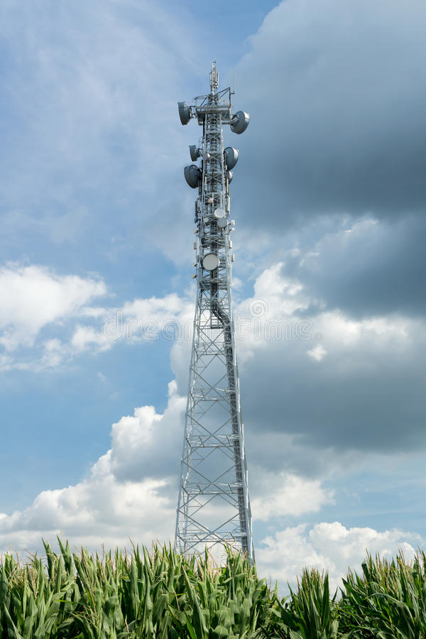 LTE-Basisstation lizenzfreie stockfotos