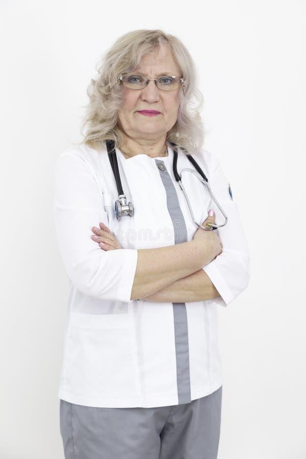 ?lterer Frauendoktor stockbilder