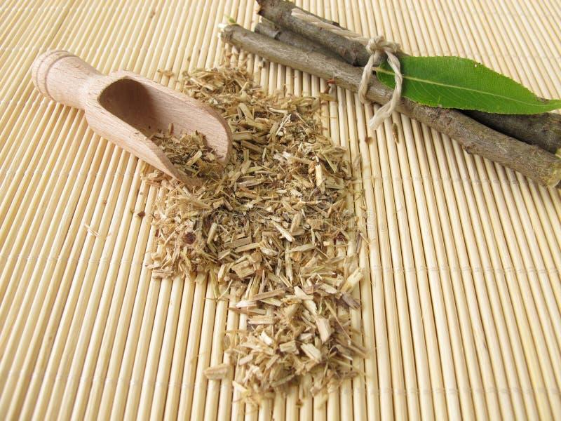 Download Luźna Herbata Od Wierzby Barkentyny Zdjęcie Stock - Obraz złożonej z wierzba, medycyna: 28971444
