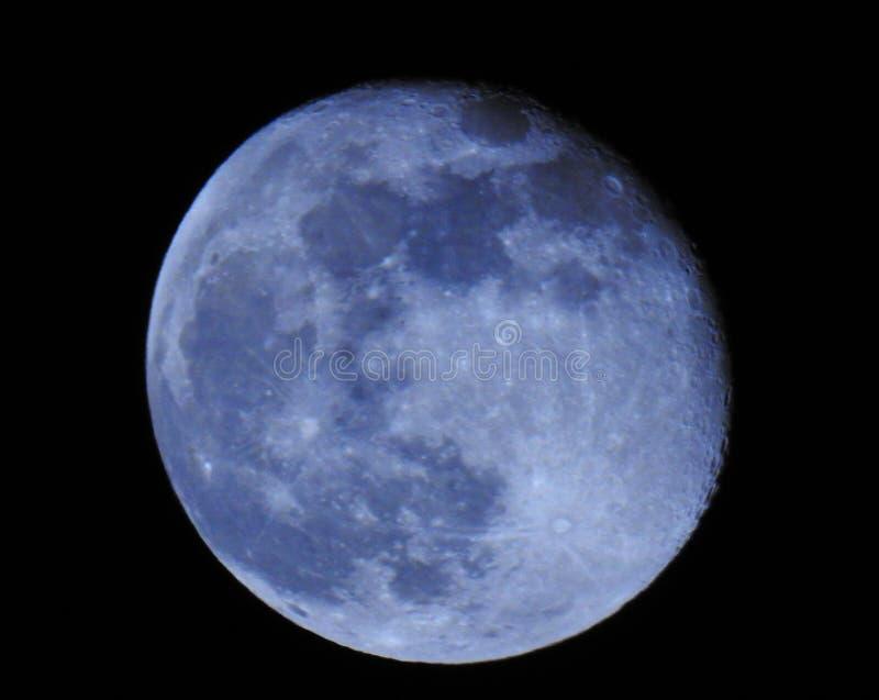 Lua bonita na noite imagens de stock royalty free