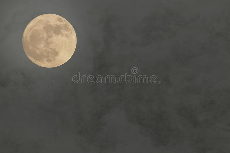 Lua cheia japonesa no fundo de papel tradicional foto de stock royalty free