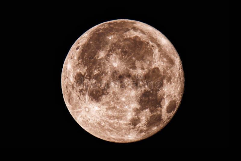 Lua cheia sob a cidade de Riga fotos de stock