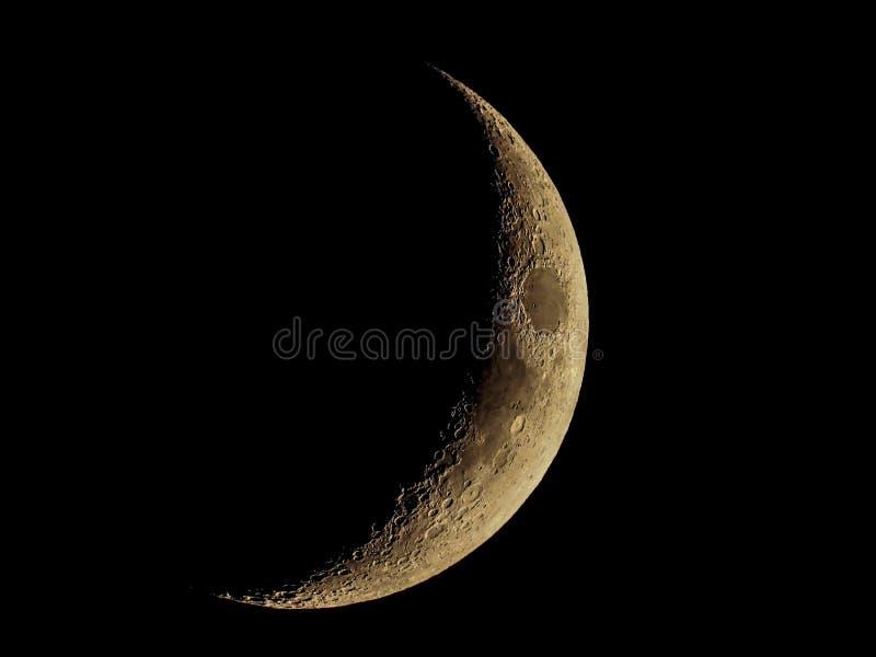Lua crescente no c?u escuro foto de stock
