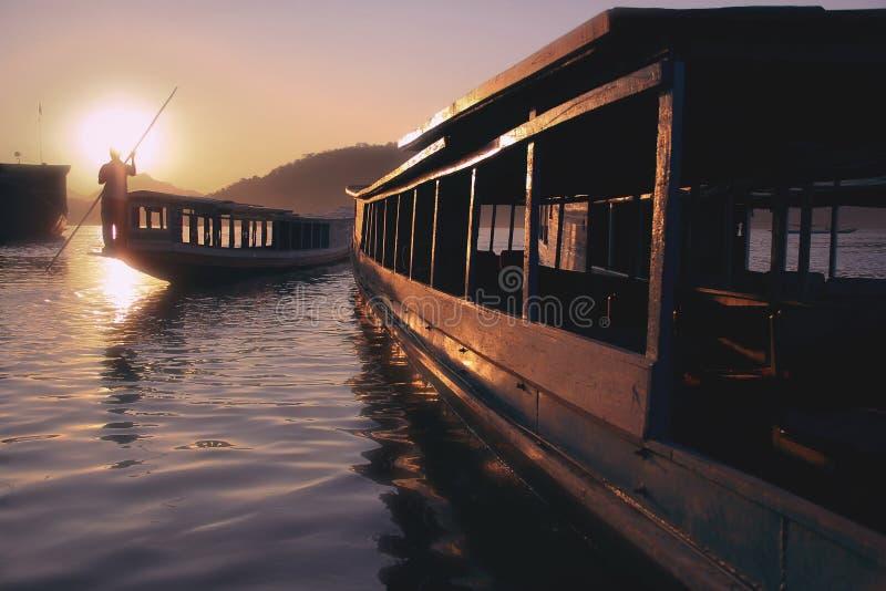 Coucher du soleil sur le Mekong images libres de droits