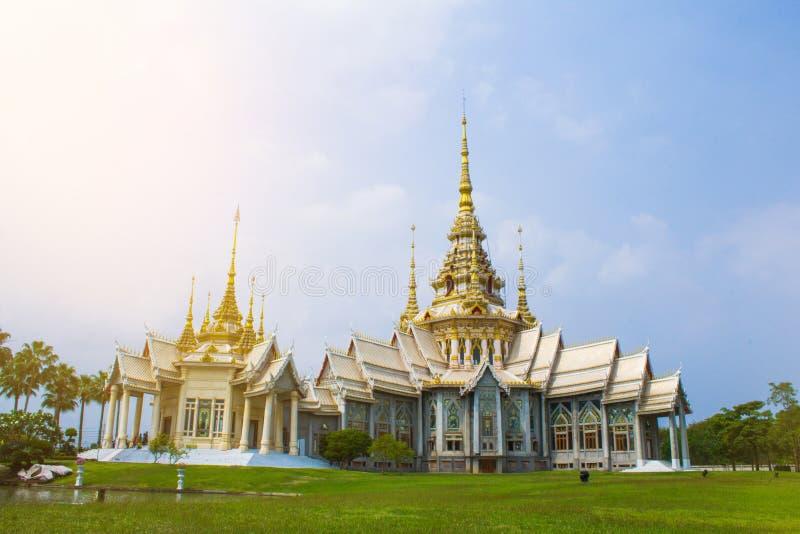 Luang Pu till kapellet Nakhon Ratchasima , Thailand arkivbild