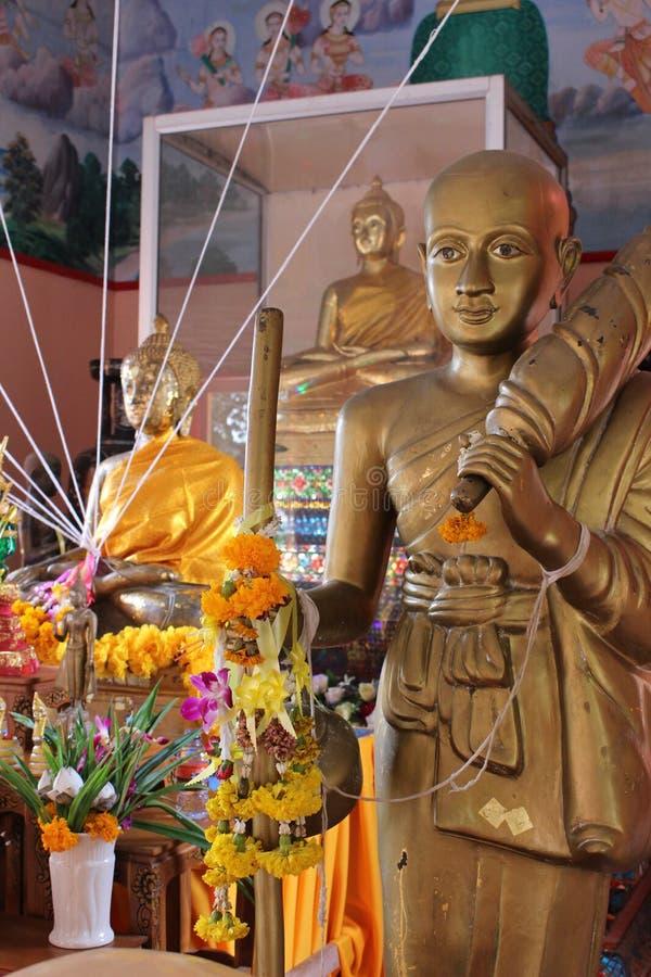 Luangphor läderrem, Wat Phetrasukharom, royaltyfri foto