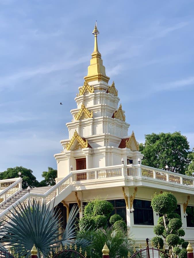 Luangpu toegewezen Nil Temple Pa Khum Temple, KhonKhaen Thailand stock foto's