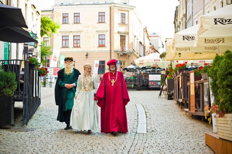 Lublin Πολωνία: Μέλη Δημοτικού Συμβουλίου που ντύνονται επάνω στοκ φωτογραφία με δικαίωμα ελεύθερης χρήσης